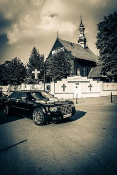 fotoksiążka ślubna - kadr, samochód
